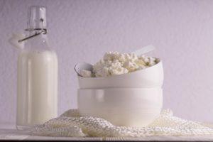 Ist Hüttenkäse gesund Vorteile Risiken und Nebenwirkungen