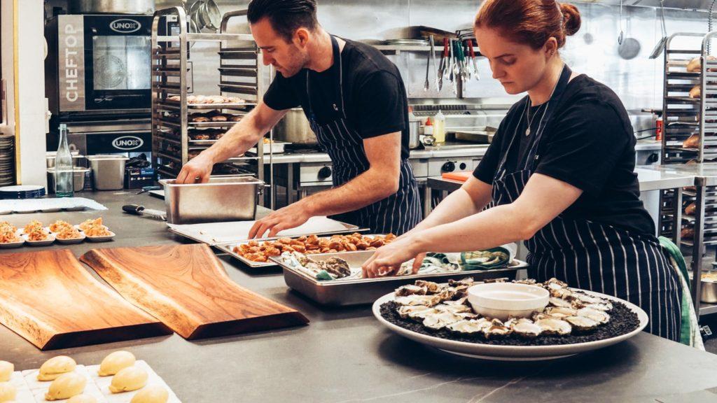 Die 5 beliebtesten Küchen für das Buffet-Catering für Unternehmen